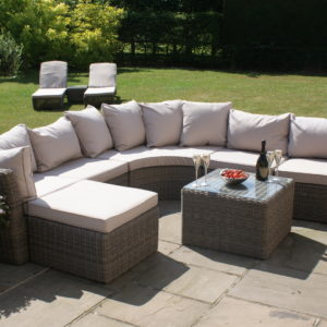 Winchester Rounded Corner Group on patio
