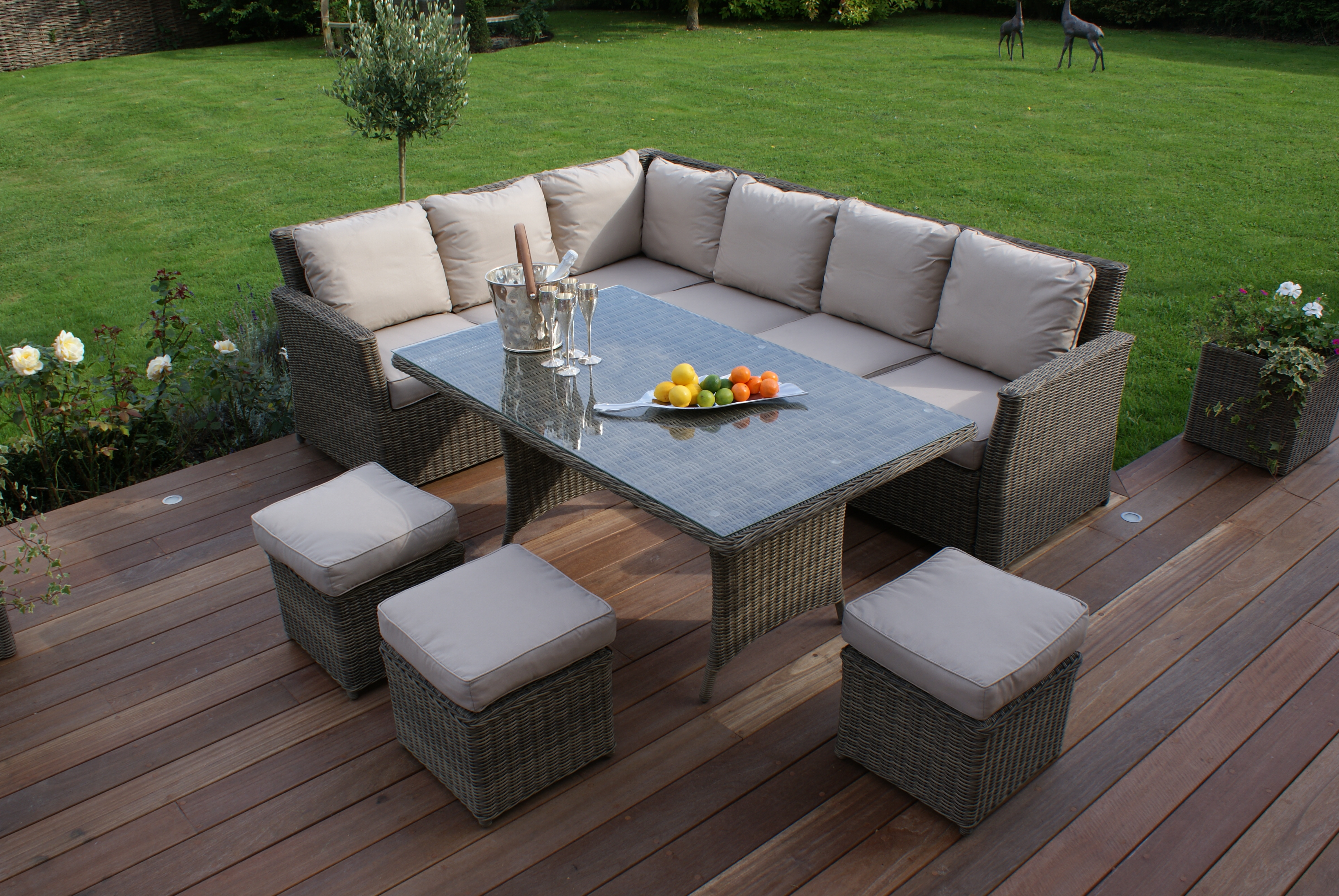 Rattan outdoor corner sofa dining set garden furniture for Outside garden furniture