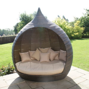 Pear Rattan Daybed