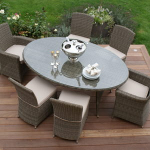 Outdoor Winchester Oval Table with 2 Carver and 4 Armless Chaires